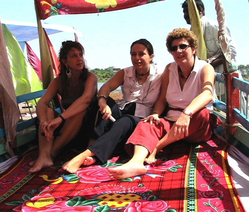 Con Arianna Censi e Cinzia Maddaloni, Mathura India, 2006