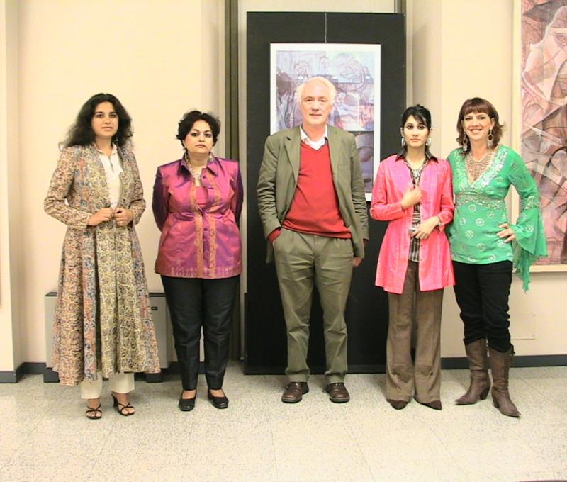 "Con Hema Upadhyay, Alka Pande, Francesco Poli e Remen Chopra inauguraz. ""Cross poly nations"" Teatro Dal Verme Milano"