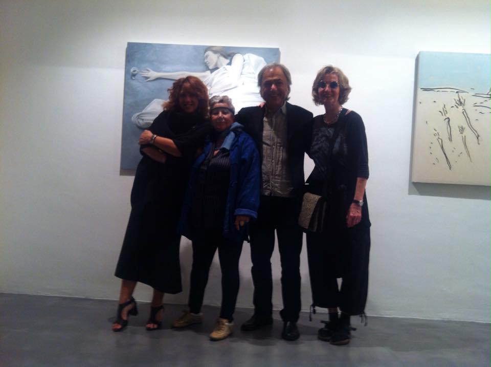 Con la gallerista Fiorella La Lumia, Alì Farhazad e Monika Wolf